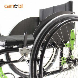 Semi active wheelchair